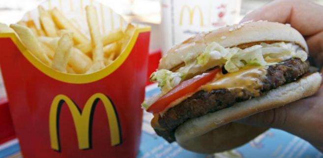 Za oceanem już od kilkunastu miesięcy wieszczy się koniec ery fast foodów. Prawdziwym przełomem pod tym względem były jednak lipcowe wyniki finansowe opublikowane przez największego światowego gracza na tym rynku – McDonald's.
