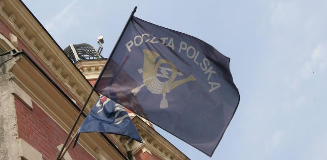 W przededniu formalnej liberalizacji rynku, Poczta Polska skutecznie rywalizuje z innymi operatorami o kolejne zamówienia.