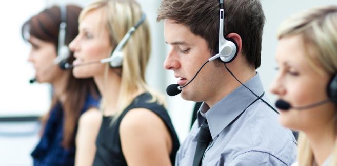 """Zdaniem rzecznika informacje, które zgodnie z przepisami mogą być zatrzymywane, to """"dane pozwalające na wskazanie i zlokalizowanie zarówno źródła, jak i adresata informacji, dane dotyczące daty, godziny i czasu trwania połączenia, a także dane pozwalające na określenie rodzaju połączenia i rodzaju wykorzystywanego sprzętu""""."""