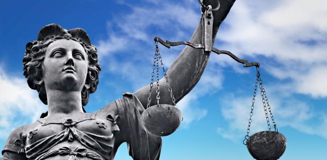 Komisja Sprawiedliwości i Praw Człowieka przyjęła przepis stanowiący o tym, że Trybunał Konstytucyjny, orzekając o treści aktu normatywnego lub jego części, może także rozstrzygnąć o określonym jego rozumieniu oraz zakresie treści normatywnej.