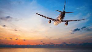 Problem dotyczy przedsiębiorców, osób prawnych i jednostek organizacyjnych niemających osobowości prawnej, które kupują bilety u zagranicznych przewoźników lotniczych