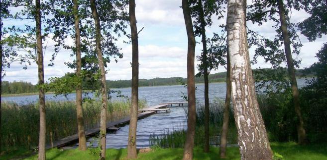 Dzialka-jezioro-foto