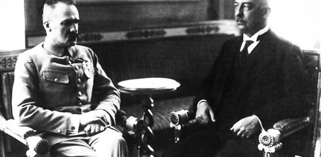 """""""[Narutowicz] oświadczył mi z przerażeniem, że wie o zamiarze postawienia jego kandydatury na prezydenta w Zgromadzeniu Narodowym"""" – wspominał Józef Piłsudski. Zapytany o opinię, stanowczo odradził profesorowi kandydowanie. Sam również odmówił startowania w wyborach"""