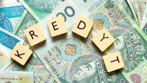 UOKiK stale monitoruje rynek kredytów hipotecznych. Banki mają przekazać urzędowi informacje o wdrożonych lub planowanych rozwiązaniach, dzięki którym konsumenci mogą zmniejszać ryzyko zaciąganych kredytów. Urząd nie wyklucza dalszych działań, które poprawią sytuację kredytobiorców.