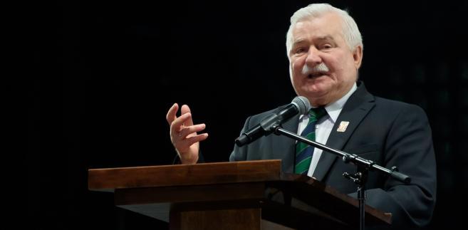 PiS o wpisie Tarczyńskiego na temat Wałęsy: Skandaliczna wypowiedź