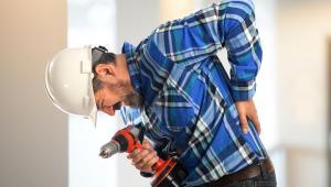 Świadczenia z ustawy przysługują jednak nie tylko w razie wypadku przy pracy, lecz także gdy ubezpieczony zapadł na chorobę zawodową