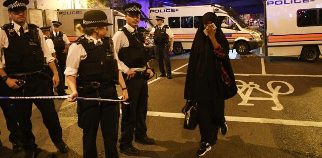 Do ataku doszło tuż po północy czasu lokalnego z niedzieli na poniedziałek w dzielnicy Finsbury Park