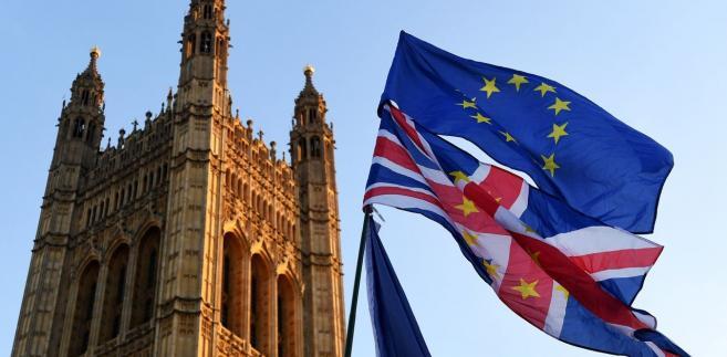 Uchwalona Ustawa o Wyjściu z Unii Europejskiej odwołuje akt z 1972 roku, na mocy którego Wielka Brytania stała się członkiem Wspólnoty.