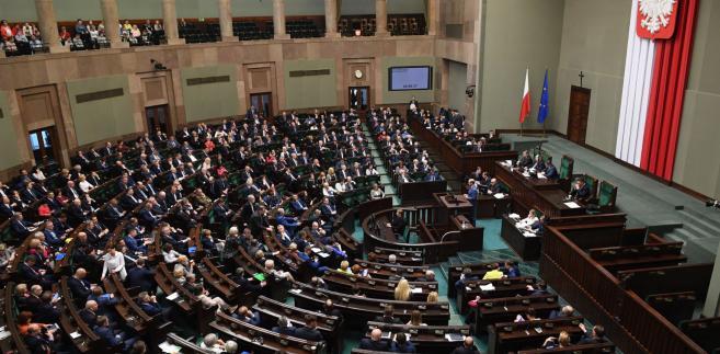 PO, Nowoczesna i PSL zapowiadają wspólny wniosek o odwołanie marszałka Sejmu