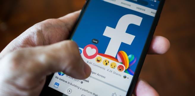 W pierwszym dniu obowiązywania RODO nie przestały działać portale Facebooka, Google'a i Twittera
