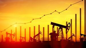 Inwestorzy uważnie śledzą także doniesienia z frontu globalnej wojny handlowej, która może zaważyć na wzroście gospodarczym, a tym samym na popycie na surowce, w tym na ropę.