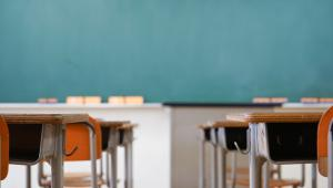 Hałas jest jednym z największych problemów w polskich szkołach.