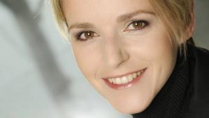Aleksandra Minkowicz-Flanek radca prawny, kieruje zespołem prawa pracy w kancelarii Dentons