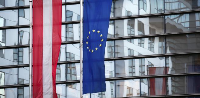 Dyplomaci wskazują, że debata nad tą koncepcją nasila się w miarę zbliżania się szczytu UE i że opór wobec tej propozycji jest mniejszy niż wielu początkowo oczekiwało - pisze Reuters.
