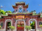 10. miejsce: Hoi An - niewielkie miasto w środkowym Wietnamie. dawny portugalski port morski i faktoria handlowa Faifo. W 1999 r. miasto zostało wpisane do rejestru zabytków światowego dziedzictwa UNESCO. Według przewodnika Lonely Planet jest to jednocześnie jedno z najbardziej urokliwych i przyjaznych turystom miejsc w Wietnamie. Dzienny koszt pobytu w Hoi An można zamknąć kwotą 20,51 USD.