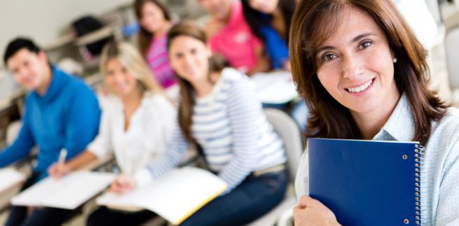 Dyrektorzy szkół i przedszkoli z zadowoleniem przyjęli decyzję resortu edukacji, aby wydłużyć cykl oceniania nauczycieli i ich samych z trzech do pięciu lat