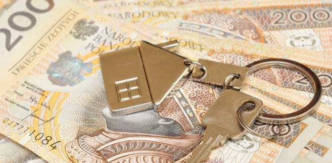 Sąd potwierdził także, że podstawę wymiaru podatku od nieruchomości stanowią dane z ewidencji gruntów i budynków, a nie akt notarialny ani księga wieczysta.
