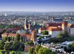 1. miejsce - Kraków – od kilku lat wygrywa wszelkie rankingi na najchętniej odwiedzane przez turystów polskie miasto. Wpływ ma no niepowtarzalny charakter Krakowa, niezliczona ilość zabytków i atrakcji turystycznych.