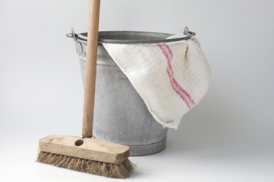 sprzątanie, miotła, wiadro