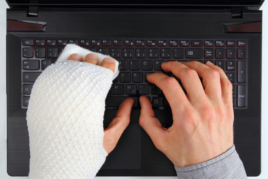 wypadek przy pracy, komputer