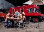 Food Trucki podbijają Polskę: Jest tanio, smacznie i pomysłowo