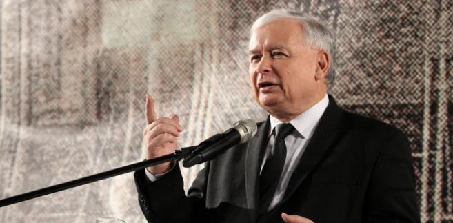 Prezes PiS Jarosław Kaczyński podczas spotkania z wyborcami w Krakowie.