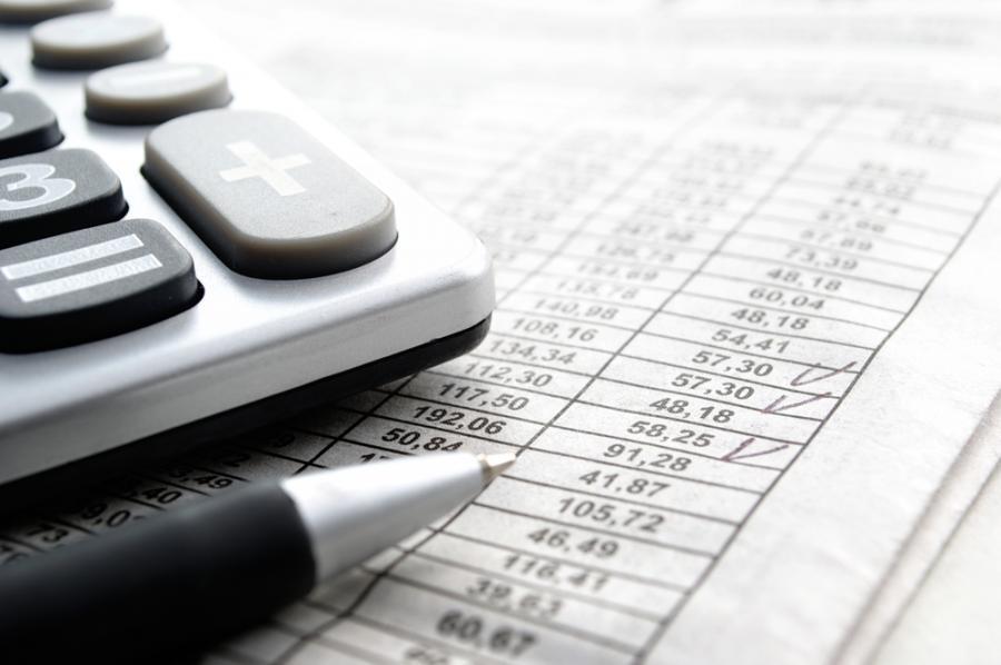 kalkulator, tabela, podatki