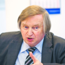 Prof. Ryszard Piotrowski konstytucjonalista z Uniwersytetu Warszawskiego