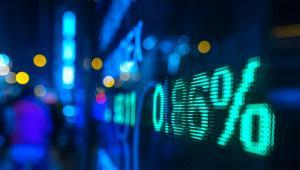 """Giełda pomaga w odniesieniu sukcesu, więc """"współczynnik uklubowienia"""" wśród inwestorów giełdowy jest większy"""