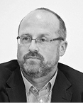 Łukasz Bojarski prezes INPRIS – Instytutu Prawa i Społeczeństwa, były członek Krajowej Rady Sądownictwa powołany przez prezydenta RP (wrzesień 2010 – wrzesień 2015)