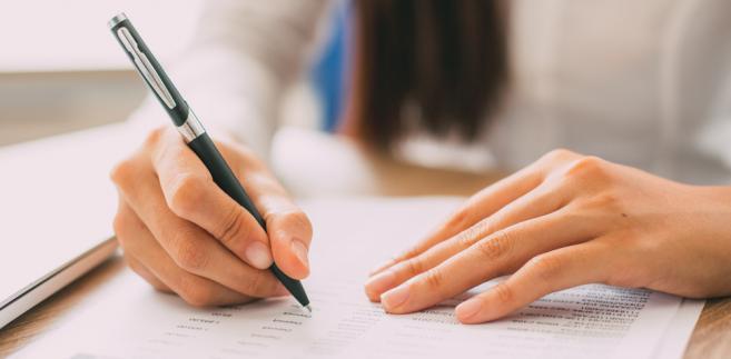 Do egzaminów wstępnych na aplikacje prawnicze w 2018 r. dopuszczonych zostało 7192 osoby