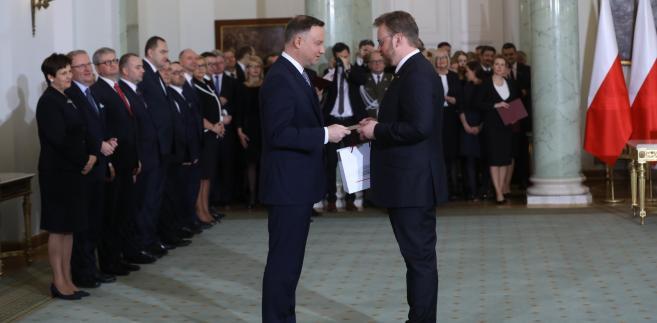 Prezydent Andrzej Duda powołuje Łukasza Szumowskiego na stanowisko ministra zdrowia.