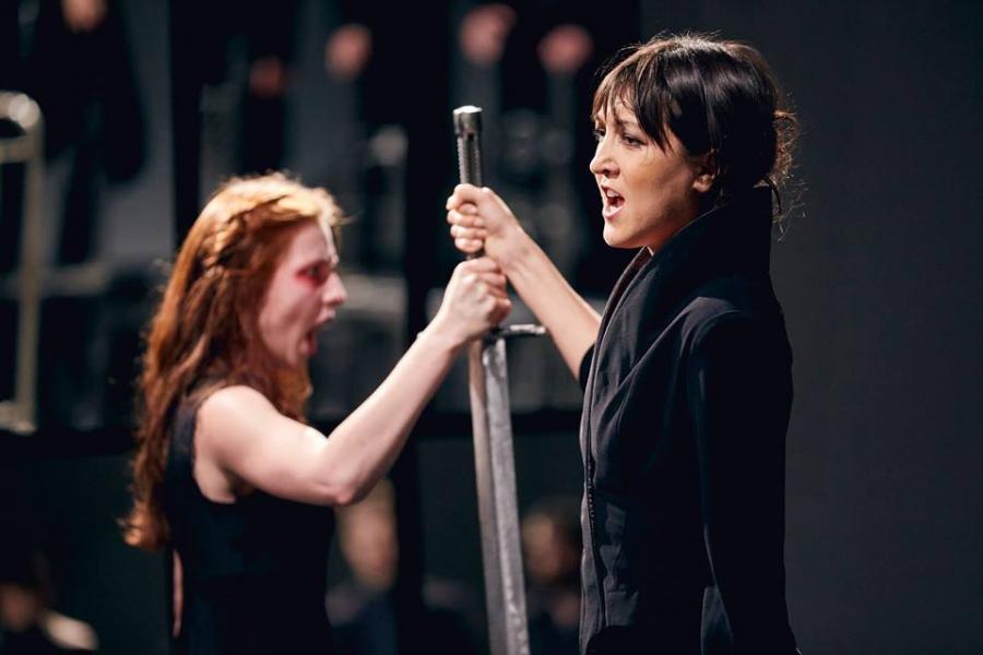 Hamlet-komentarz Teatr Pieśń Kozła N. Voskoboynikow Fot. Mateusz Bral