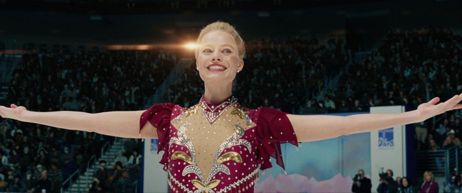 """Margot Robbie jako Tonya Harding w filmie """"Jestem najlepsza. Ja, Tonya"""" (2017), reż. Craig Gillespie"""
