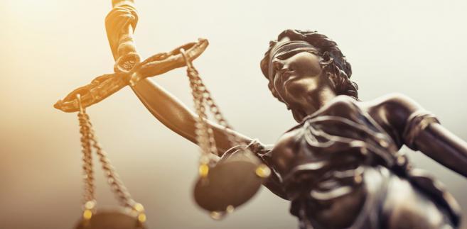 Na początku sierpnia Sąd Najwyższy (SN) wystosował pięć pytań prejudycjalnych do TSUE i zawiesił stosowanie trzech artykułów ustawy o SN określających zasady przechodzenia sędziów tego sądu w stan spoczynku.