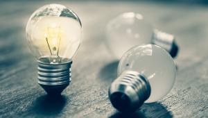 Adam Glapiński, prezes Narodowego Banku Polskiego, już w ubiegłym tygodniu określił założenia dotyczące cen energii jako konserwatywne