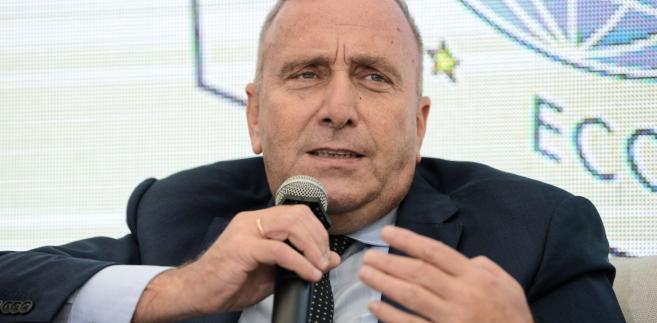 Politycy PO we wtorek złożyli w Sądzie Okręgowym w Warszawie pozew w trybie wyborczym przeciwko premierowi