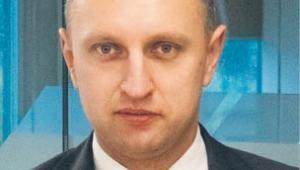 Piotr Sabat jest doktorem prawa i nauk ekonomicznych, właścicielem SCG SABAT CONSULTING GROUP, w ramach której zajmuje się m.in. udzielaniem pomocy prawnej obywatelom zza wschodniej granicy