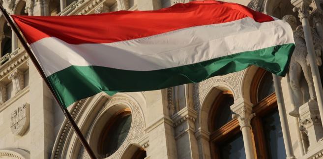 Do wyboru są dwa scenariusze. Jeden mało realny – w którym Węgrzy niebawem zawrą z Ukrainą jakieś porozumienie.