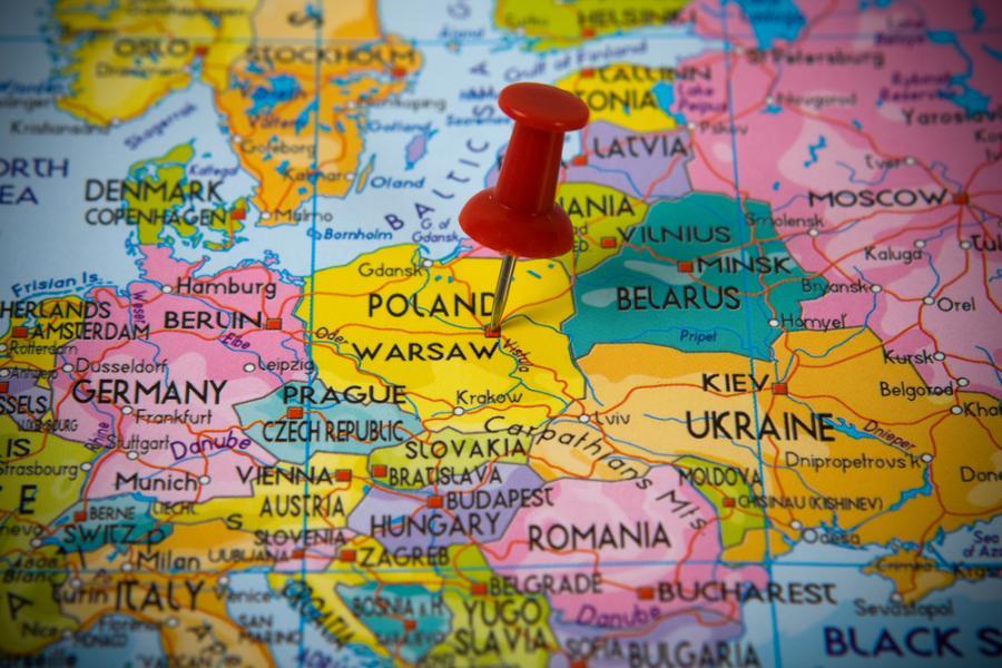 Mapa Europy i zaznaczona na niej Polska