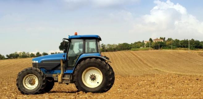 By otrzymać unijne płatności obecnie wystarczy wykazać, że ziemia jest użytkowana przez daną osobę